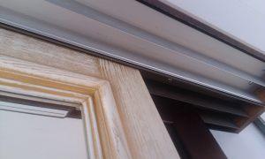 Двери из массива с раскладкой по периметру Черемхово